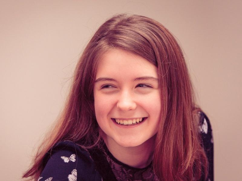 Niamh Scanlon named EU Digital Girl of the Year 2015