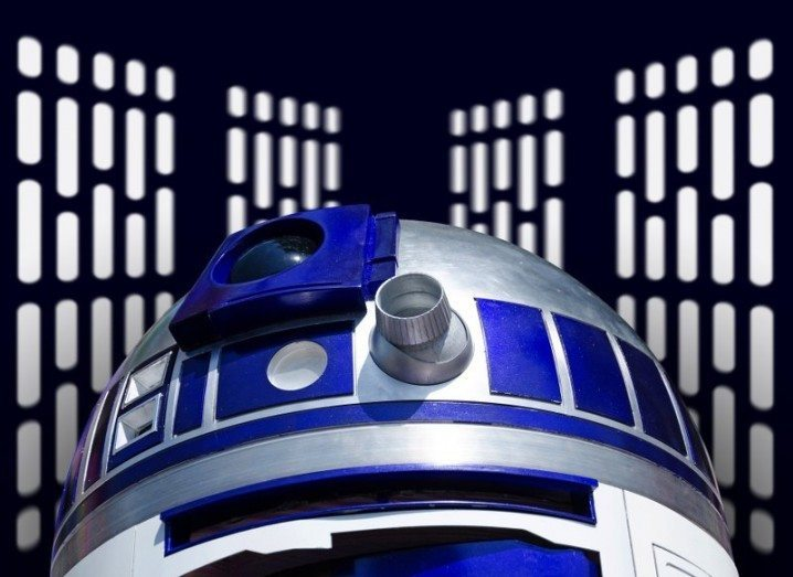 Star Wars: The Force Awakens R2D2