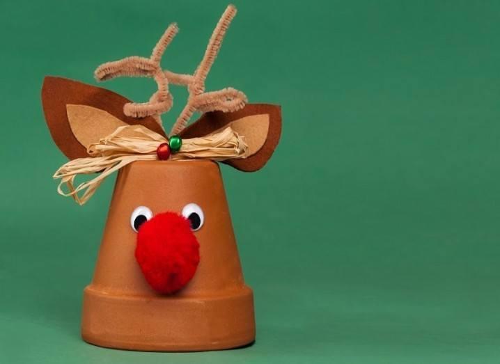 Rudolph flower pot