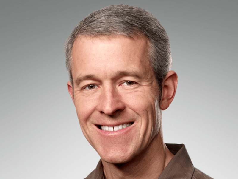Apple names Jeff Williams as its new chief operating officer