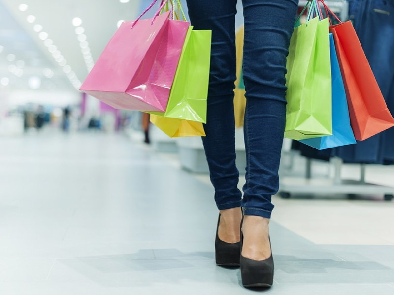 Black Friday and Cyber Monday: How much was spent? (Infographic)