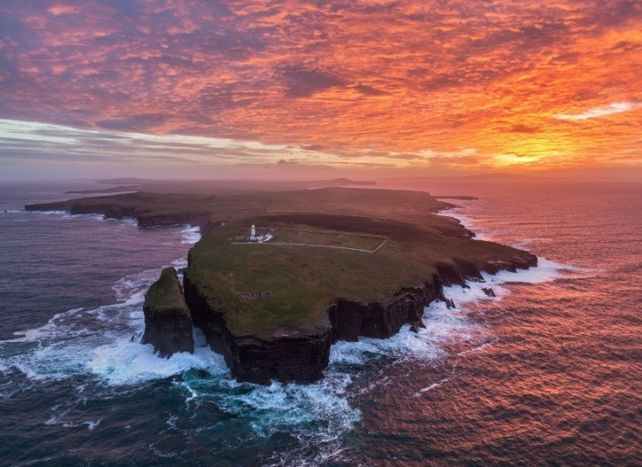 clare_loop_head_sunrise_aerial