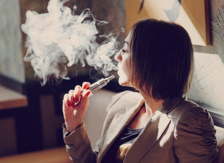 E-cigarettes Vaping