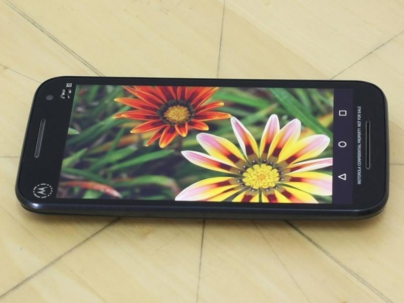 Christmas giveaway: Win a Motorola Moto G smartphone!