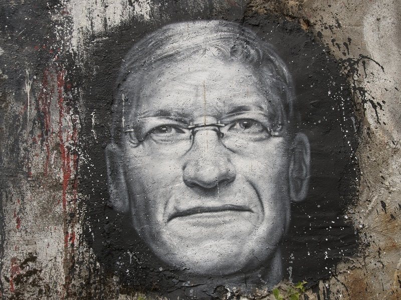 Tim Cook swoops into Brussels to lobby to maintain Irish tax rate