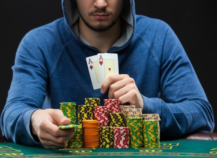 aces-chips-shutterstock