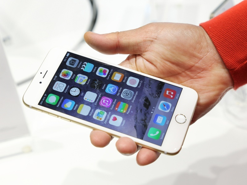 Apple promises to fix bruising battery bug on iPhone 6s