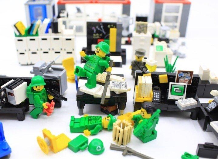 Lego 1916 Rising