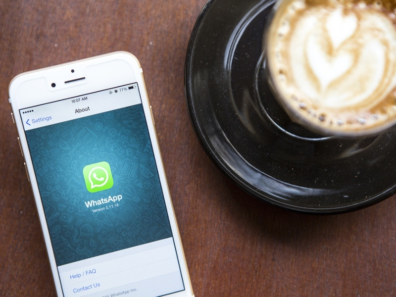 WhatsApp plans to go free and ditch subscription as it approaches 1bn users