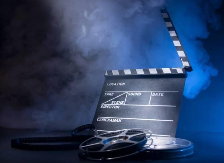 CÚRAM-science-film-shutterstock
