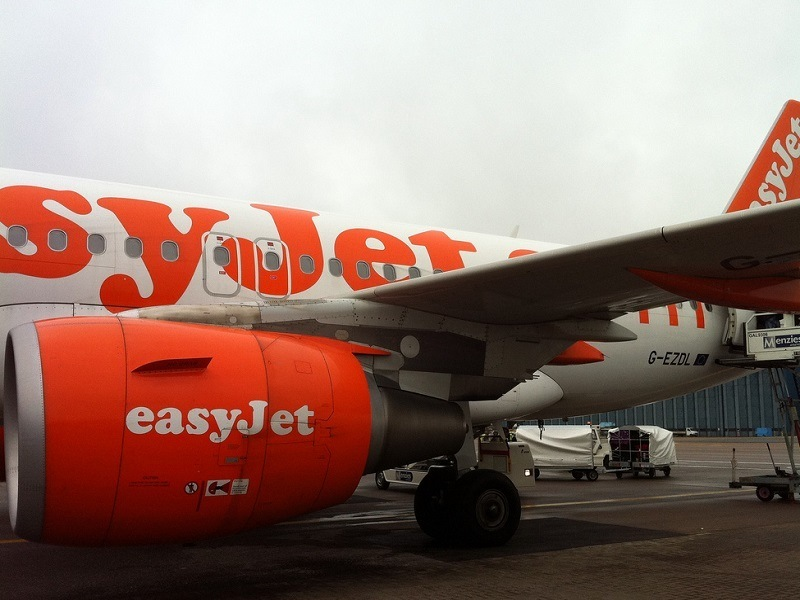 EasyJet to trial hydrogen fuel cells for future hybrid aircraft