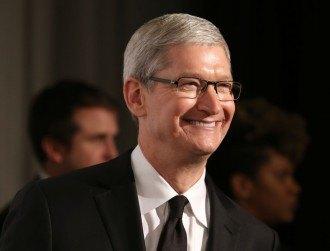 Apple opposes court order to unlock dead gunman's iPhone