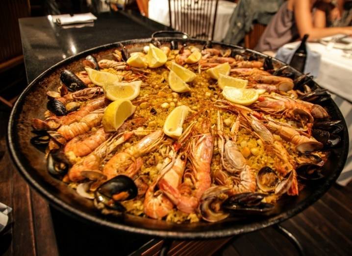 paella-barcelona-mobile-world-congress-shutterstock