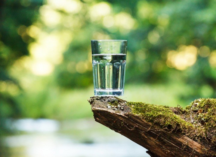 Water filter graphene