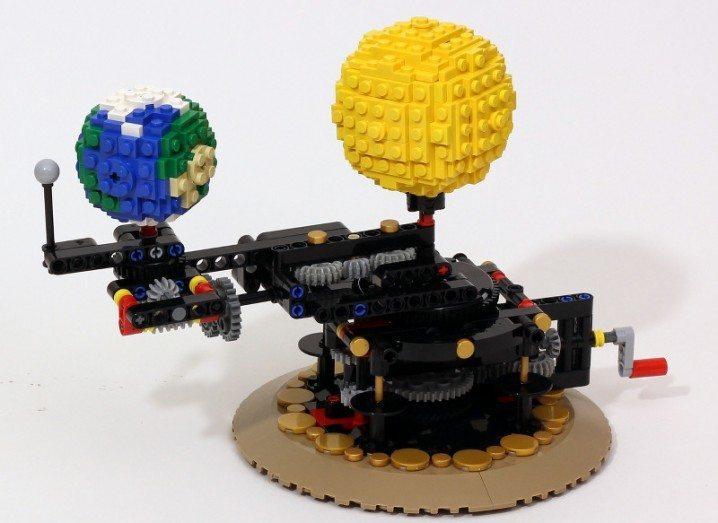 Lego solar system Orrory