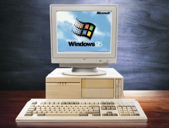 Teens seeing Windows 95 for the first time will make you feel ancient (video)