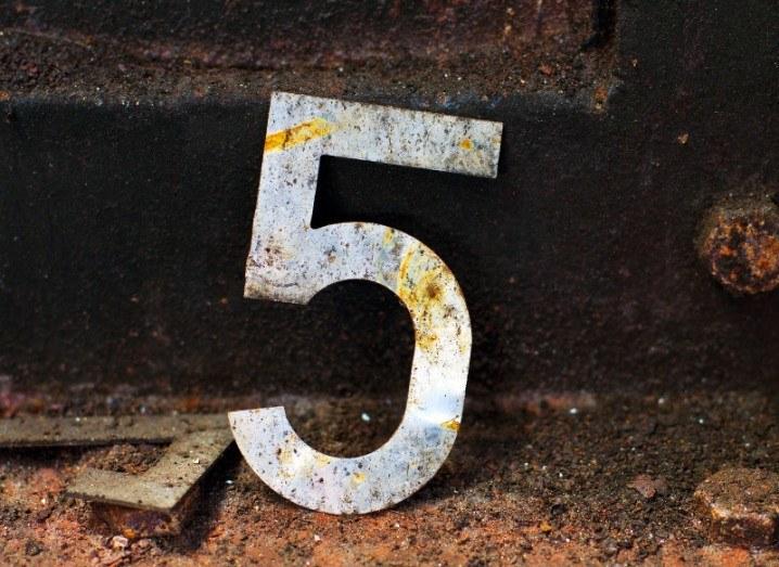 Number 5 smartphone storage space