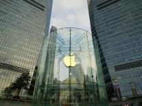 Billionaire Carl Icahn sells his Apple stock based on China fears