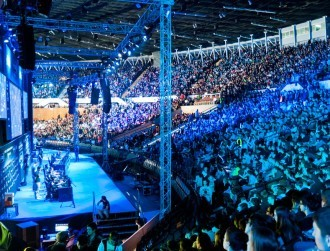 E-sports to generate nearly $500m in 2016, heralding mainstream future