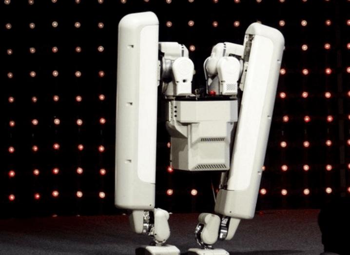 Alphabet Schafter robot
