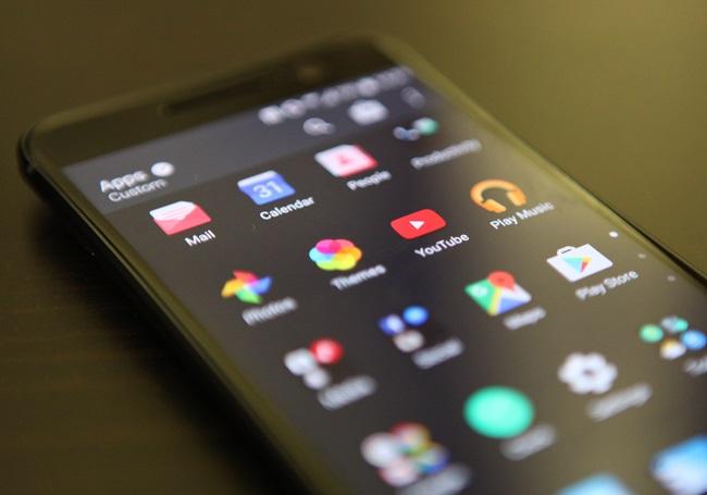 HTC 10 screen