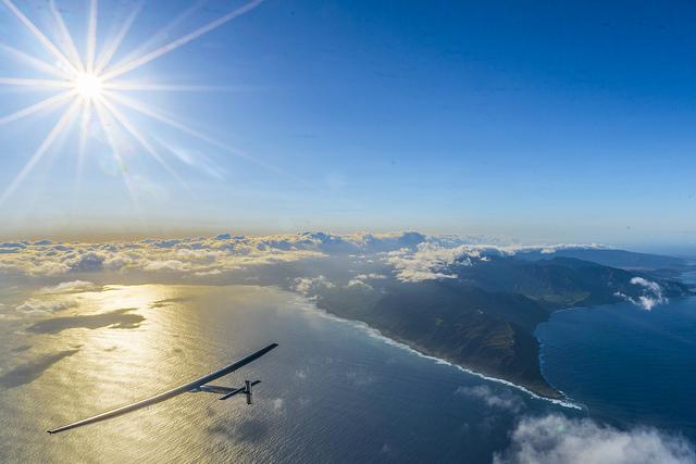 Solar Impulse 2 sun