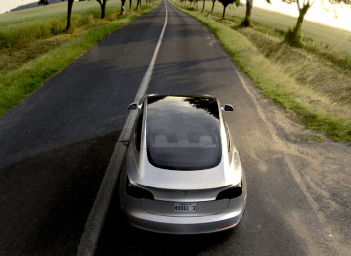 Tesla_Model_3_road