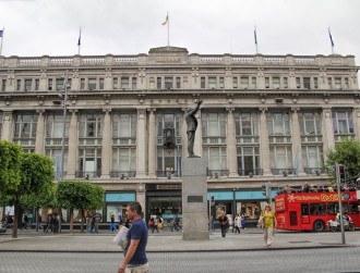 An Apple Store on Dublin's O'Connell Street makes sense