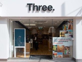 "Three-O2 merger raises ""serious concerns"", says UK watchdog"