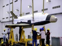 India's mini space shuttle returns to Earth after successful test