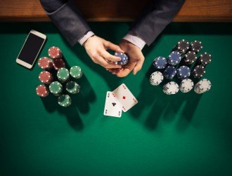TCD students build bitcoin poker site to give power back to players