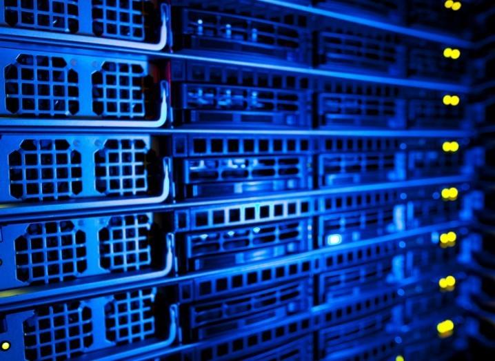 Server stack EMC