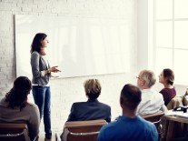 How to become a successful manager: separate yourself from the crowd