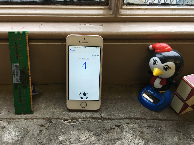 FB_football_image
