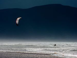 Kite_Surfing_west_ireland_shutterstock