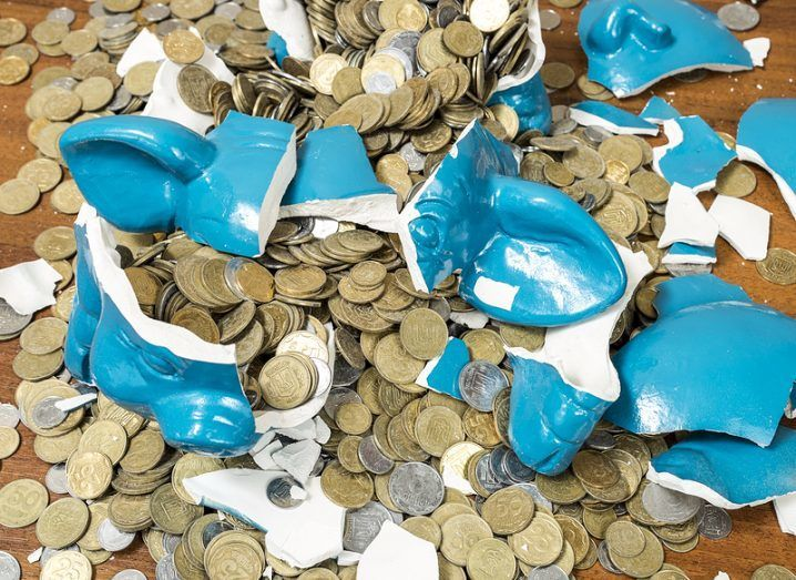 broken_piggy_bank_shutterstock
