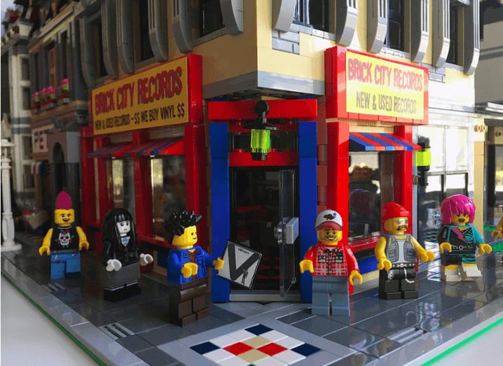 Lego: Brick City