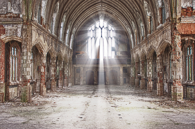 Detroit_St_Agnes_Church