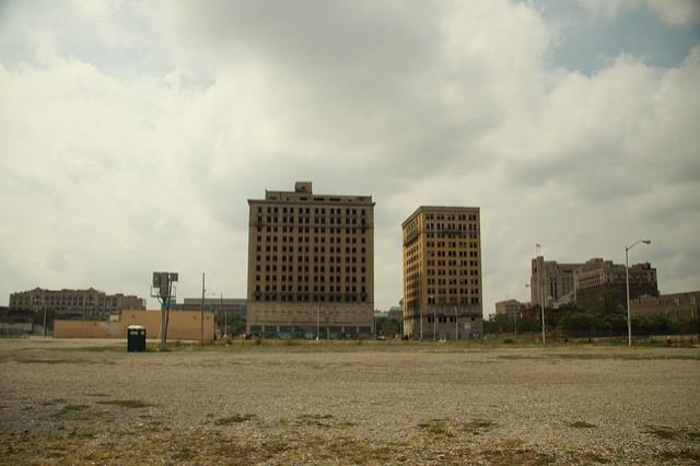 Detroit-motor-city-abandoned