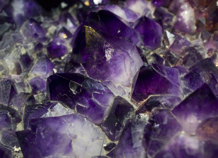 Purple Bronze superconductivity