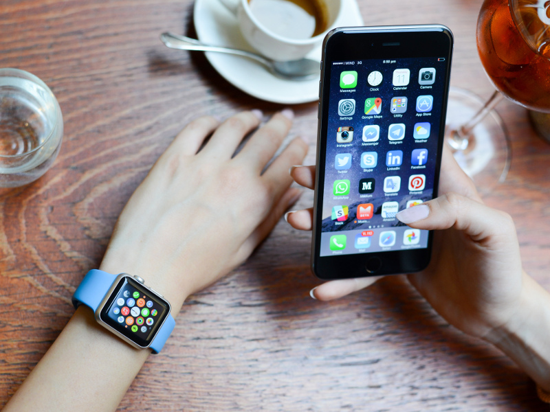 Check out the colourful history of wearable tech (infographic)