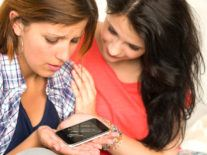 81pc of Irish people own smartphones, but just 10pc have insurance