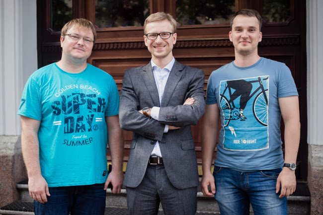 From left to right, Alexander Krasnok, Denis Baranov, Sergey Makarov - cooperative team of young scientists from ITMO University and Moscow Institute of Physics and Technology.