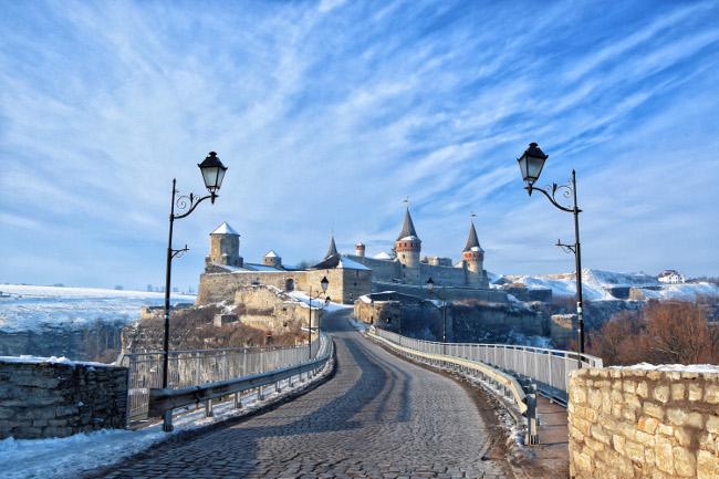 Kamianets-Podilskyi Castle in Ukraine. Image via Serge Krinitsa/Wikimedia Commons