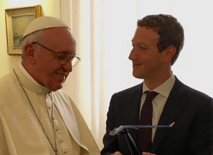Pope_Meets_Zuckerberg