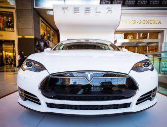 Tesla autopilot drives sick driver to the hospital