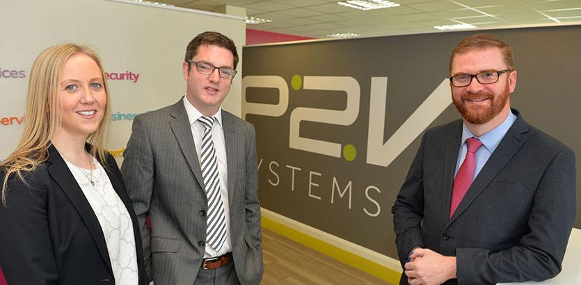 (l-r): P2V marketing director Jackie Wilson, MD Stephen McCann and Northern Ireland Economy Minister Simon Hamilton. Image via Aaron McCracken/Harrisons