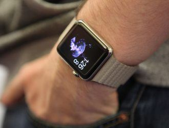 Health insurer giving Apple Watch to staff, discounts for customers