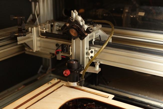 Laser cutter Tog