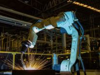 Disruptive robotic tidal wave will eliminate 6pc of jobs in US by 2021